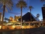 アメリカラスベガス・ルクソールホテル夜景